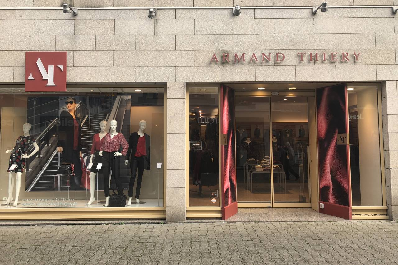 magasin armand thierry